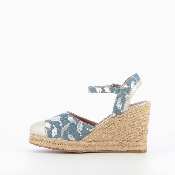 Denim-effect wedge sandals with silver feathers